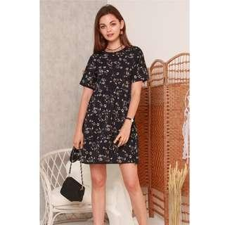 🚚 BN ACW Marigold Tiered Babydoll Flare Dress In Navy