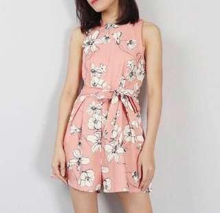 🌷(IN STOCK) Shelby Waist Cut Out Romper Peach
