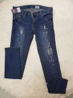 (NEW) Slim Cutting Ripped Jeans 流行破洞牛仔裤 #Payday30