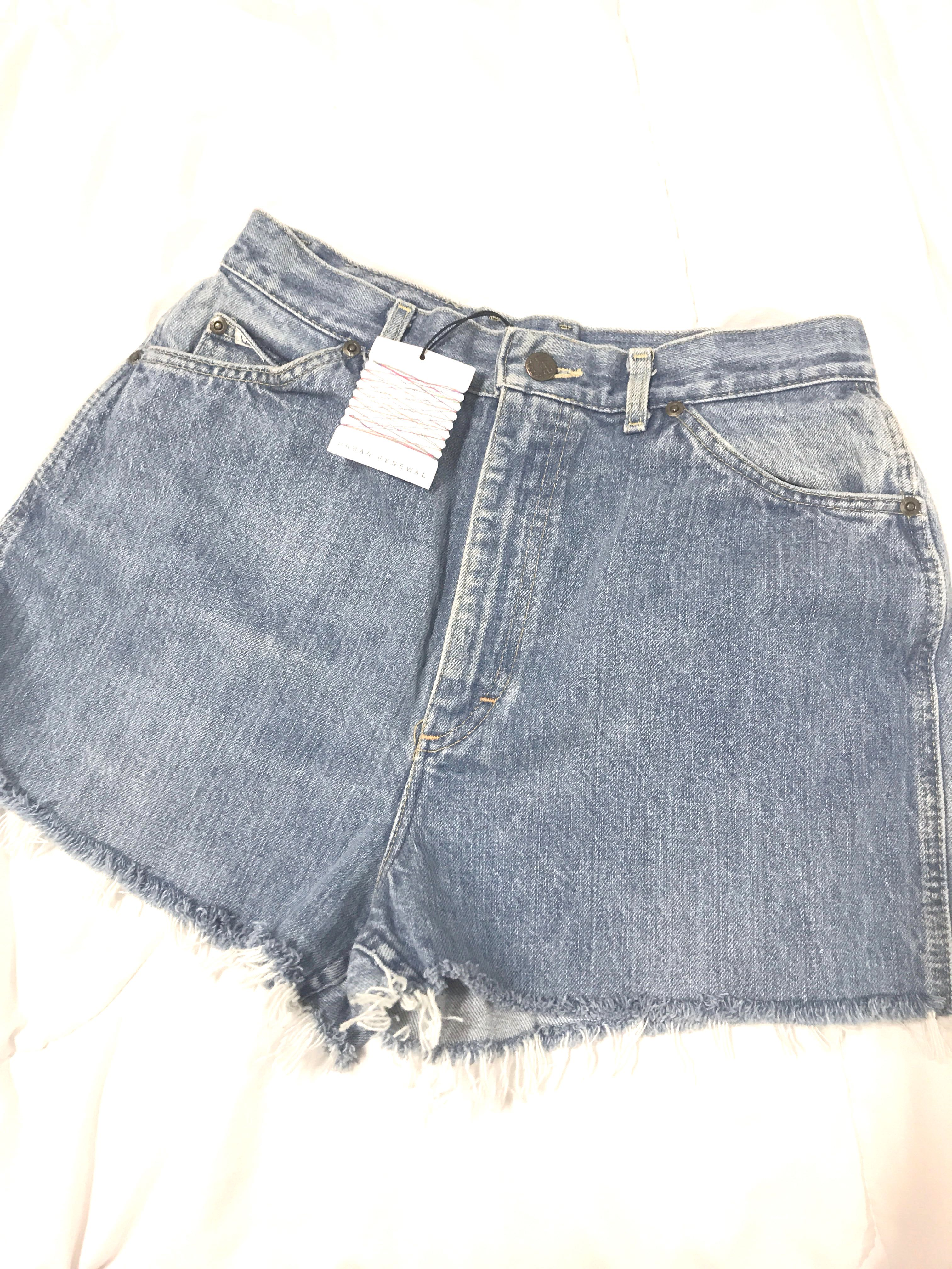 f4e7c4a538 BNWT Urban Outfitters x LEE Riders Jeans High Waist Shorts #single11,  Women's Fashion, Clothes, Pants, Jeans & Shorts on Carousell