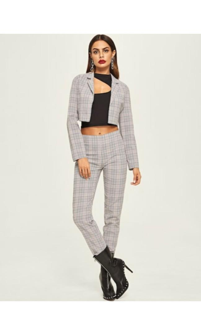 Crop plaid blazer