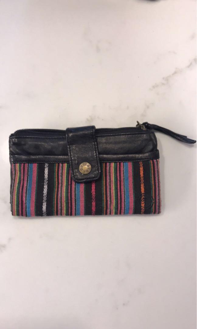 Element wallet