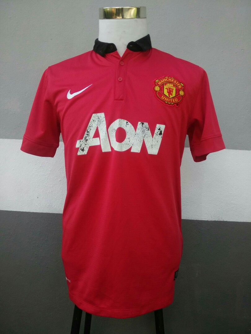 quality design ade5a 43c94 Jersey Manchester United AON sponsor
