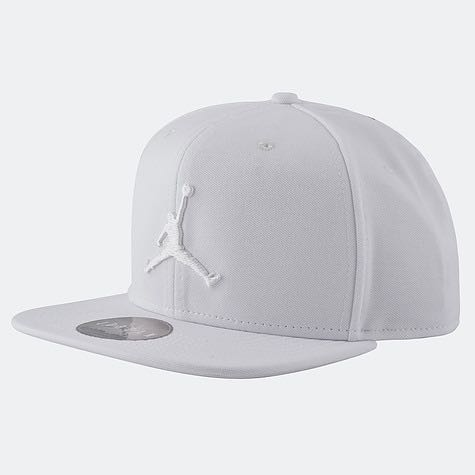 412e8f854fa jordan white cap, Men's Fashion, Accessories, Caps & Hats on Carousell
