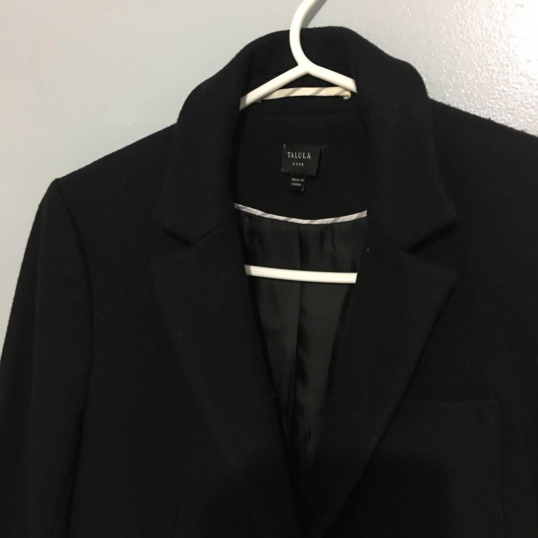 Like new Aritzia Talula Wool coat