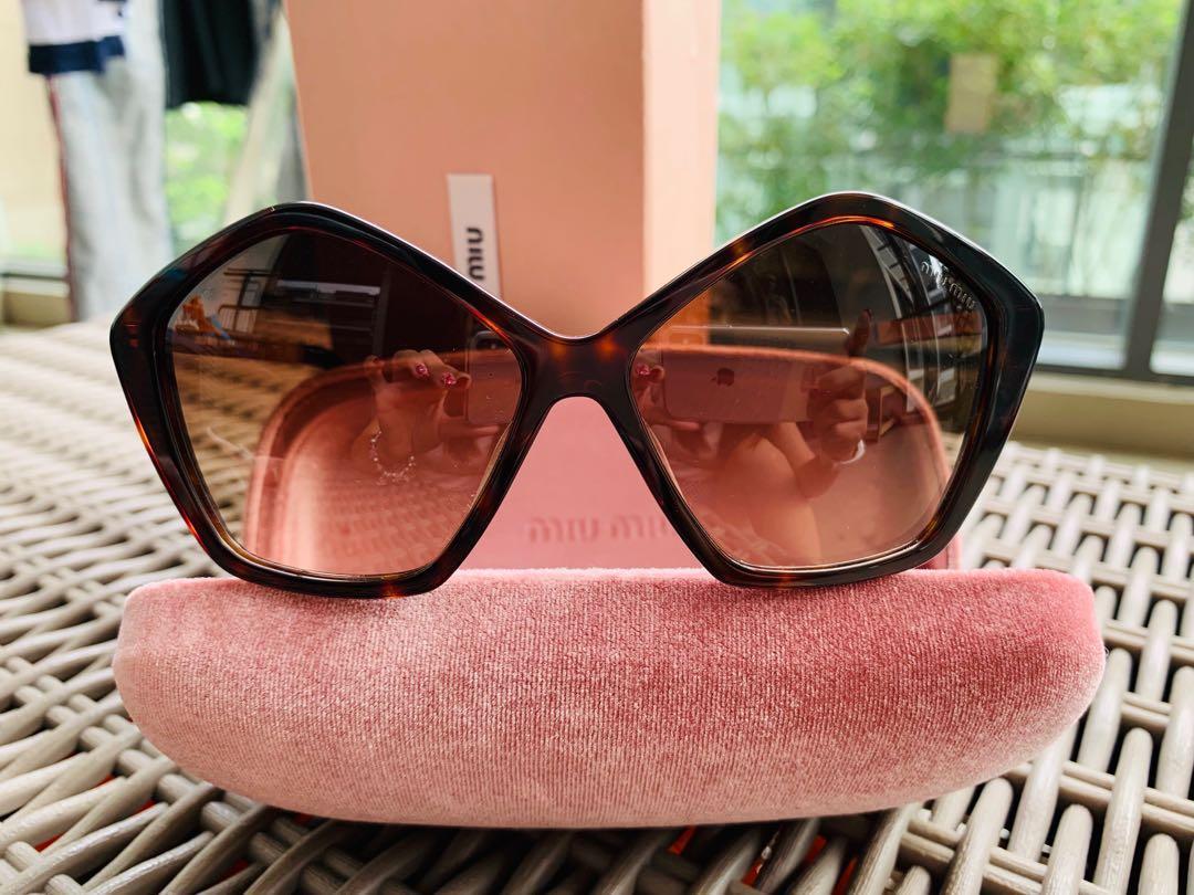 078ebece3971 Miu Miu SMU 11N sunglasses