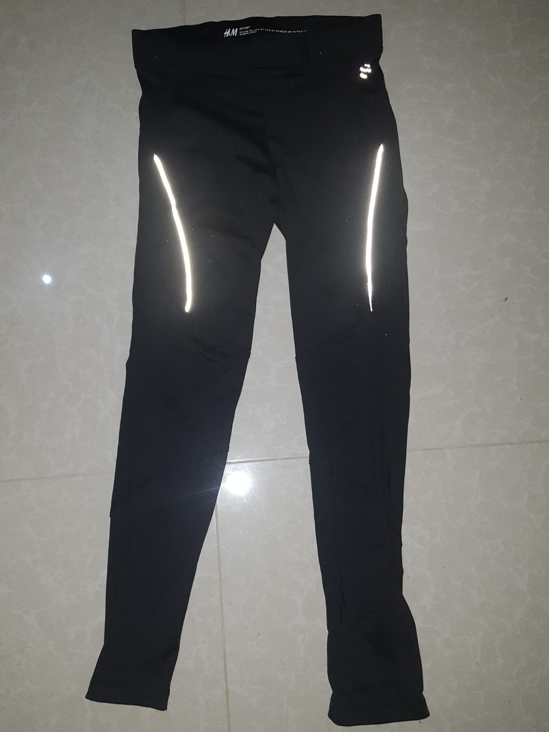 a17aa500627d7 ORIGINAL H&M leggings tight compression, Sports, Athletic & Sports ...