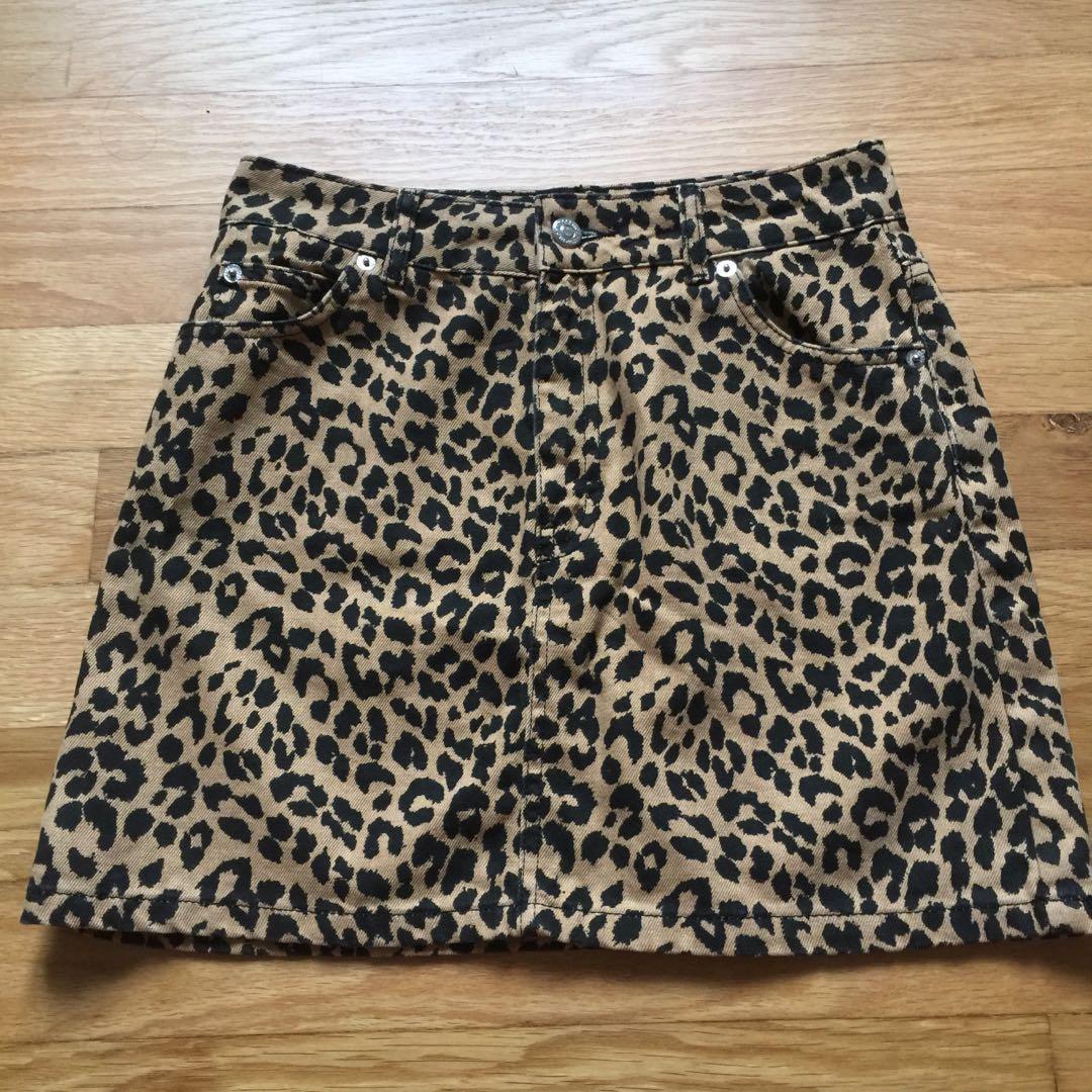 e24ae1a60614fa Topshop Leopard/Cheetah print denim skirt, Women's Fashion, Clothes ...