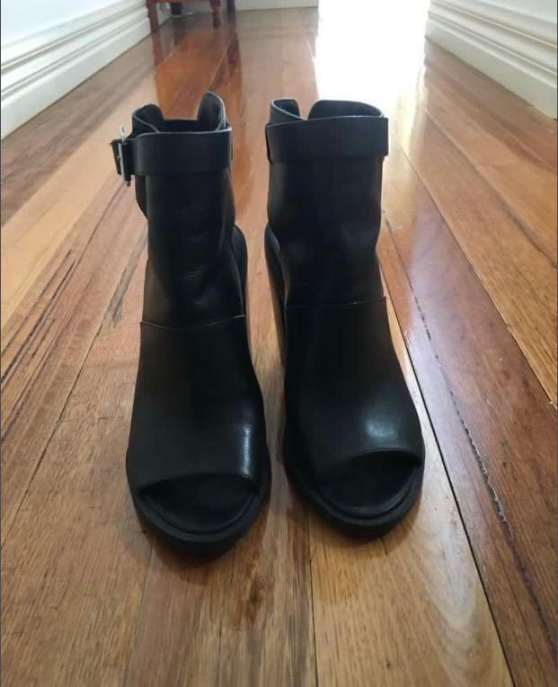 Windsor Smith boot heels