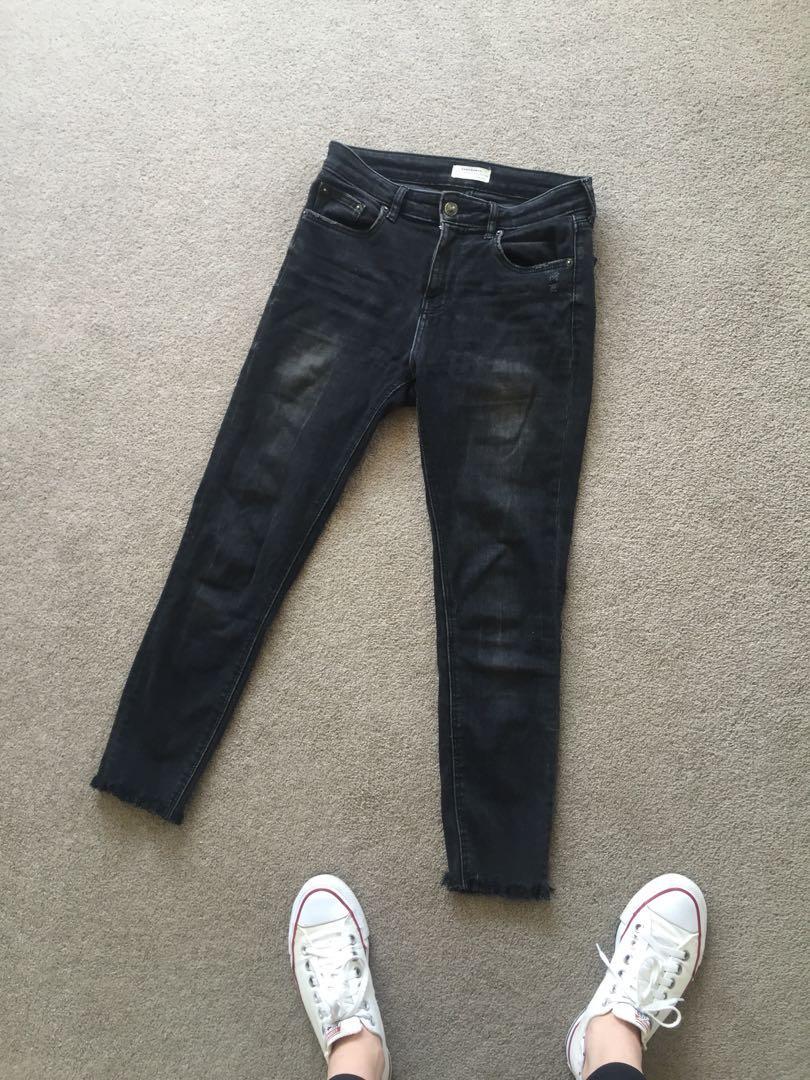 Zara jeans raw hem size 8
