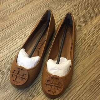 🚚 Tory Burch 娃娃鞋(全新)