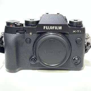 Fujifilm X-T1 Mirrorless Digital Camera Body Only - Black