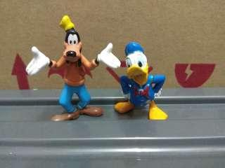 Goofy and Donuld figure