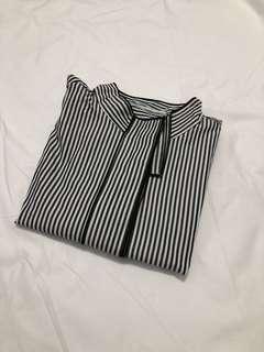 🇰🇷直條紋後開岔長袖襯衫