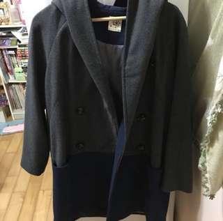 🚚 極新*百貨公司購入設計感連帽大衣