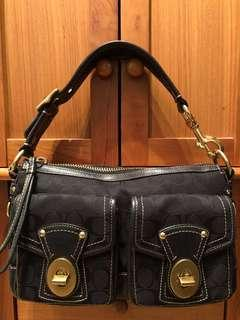 ⚡️Special price!!! Beautiful Coach shoulder bag in black canvas leather