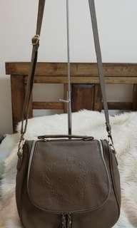 💓PRELOVED GNB 2way HANDBAG SLING BAG