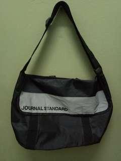 JOURNAL STANDART 2 in 1 tote bag / messenger sling bag  with reflector