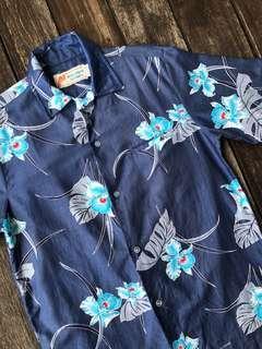 Vintage Malihini Hawaii shirt
