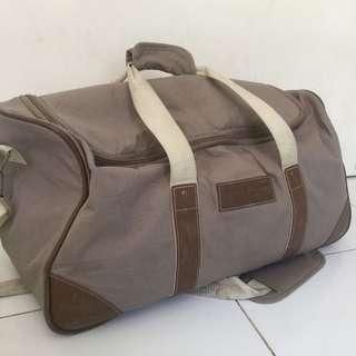 authentic vintage Tommy Hilfiger duffle bag / luggage /