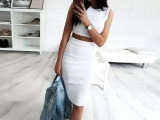 🚚 White two piece crop with skirt