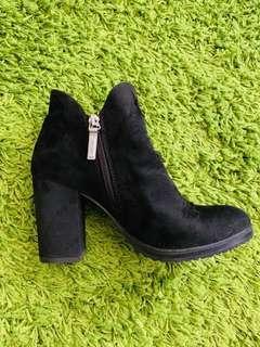 Bershka High Heel Ankle Boots #SINGLES1111