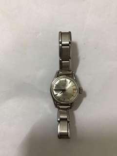 milus来自1919年女式手表价值老古董 北角地鐵站交收