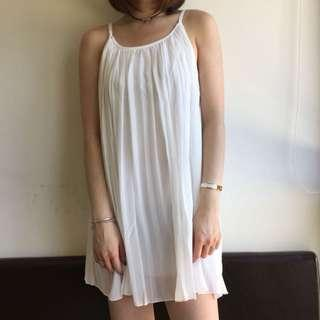 Size 8-12 white chiffon pleated dress
