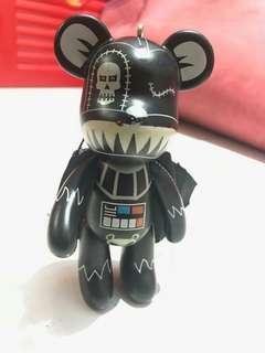 Mainan figur bearbrick