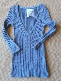 Auth Hollister Vneck Knitted Top