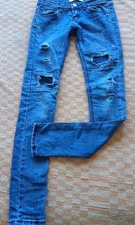 Supper Skinny Tattered Ripped Jeans Sz 27