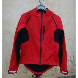 🚚 正品 GIANT 捷安特 紅色保暖車衣/背心/外套 size: L