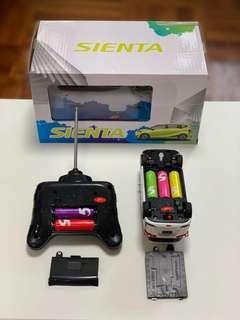 遙控車 Sienta 170