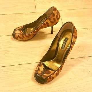 DOLCE & GABBANA leopard-printed pony hair  Peep-Toe Pumps