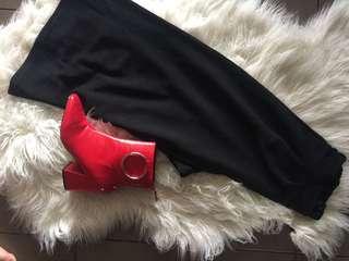 Black flow pants