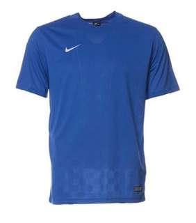 BMWT Authentic Nike Dri fit T - Size S