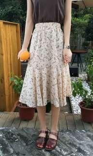 BN Midi Floral Skirt
