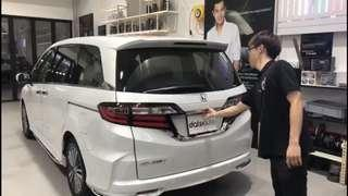 Brand New Honda Odyssey came to install the latest soft closing autoboot!   Have yours done today!  Enquiries/booking call whatsapp us at 8270 0007  #quality #datsauto #autoboot #honda