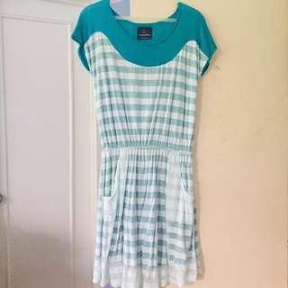 Plains&Prints blue green short sleeves casual dress