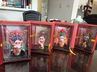 Chinese opera figurines