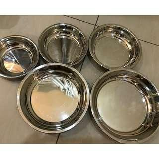 5 piece metal dishes (Great Bargain!)