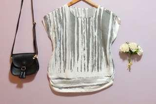 Preloved - White Abstract Top