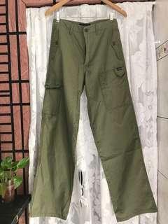 🚚 Charles chevignon 品牌專櫃 春夏 棉質 軍綠 口袋工作褲 滑板褲 老學校 下北澤