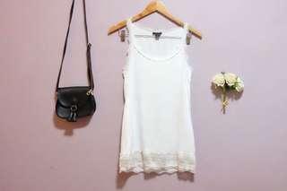 Preloved - Amisu White Sleeveless