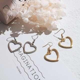[po] korean minimalist heart earrings