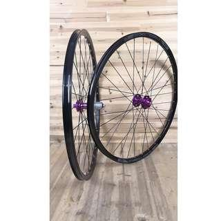🅝🅔🅦: Professional Custom hand Built Chosen 4591/4597 (Purple) Loud sound/Smooth Wheel set with Sun Ringle Helix TR25SL Rims (29er) # Tubeless Ready # (Limited Color)