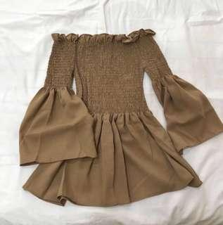 🌷(IN STOCK) Chiffon Smocked Offsie Top Brown