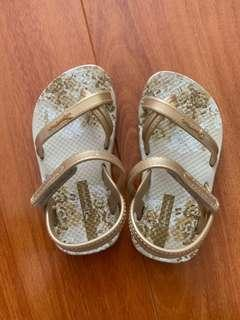 Ipanema toddler sandals size us 5