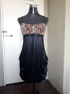 Evening party dress for any occasion preloved