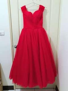 🚚 一字領卡肩雪紡紅色婚紗